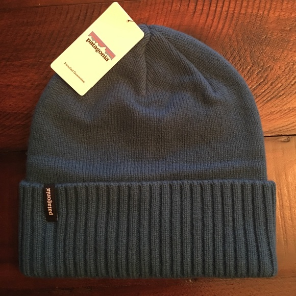 f0a34ee536fe7 Patagonia Brodeo Beanie 💜 BNWT!